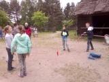 Uczniowie klas czwartych w Parku Etnograficznym we Wdzydzach Kiszewskich